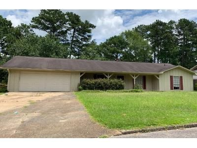 3 Bed 1 Bath Preforeclosure Property in Meridian, MS 39305 - 16th Ave