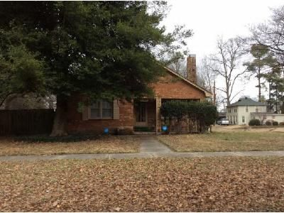 3 Bed 2 Bath Foreclosure Property in Blytheville, AR 72315 - Chickasawba St