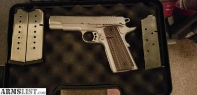 For Sale: Sweet 45acp 1911 stainless r1