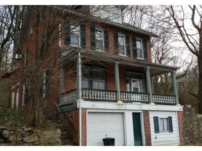 4 Bed 2 Bath Foreclosure Property in Reading, PA 19605 - Crystal Rock Rd