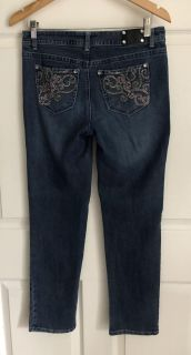 Style & Co. Petites Women s Beaded & Embroidered Pockets Blue Jeans Straight Leg