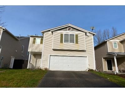 4 Bed 2.5 Bath Preforeclosure Property in Kent, WA 98042 - SE 289th Way