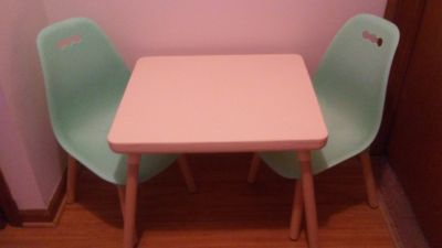 Children's Ivory & Mint Table & Chairs