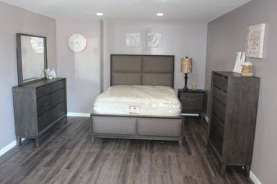 Modern Bedroom Set - Queen Size - The Alicia Collection