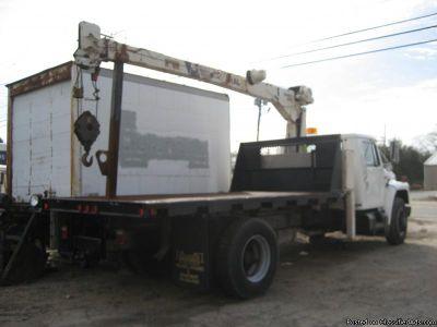 internation diesel crane truck