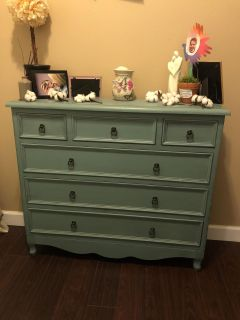 Decorative Chest with drawers pick up west mobile