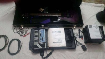 Like new electric guitar with everything you need