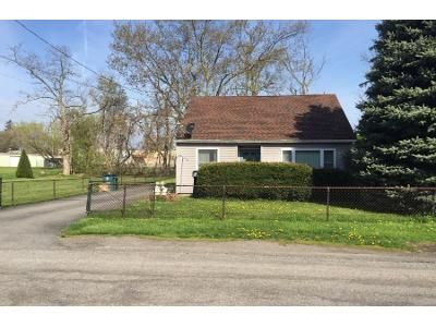 3 Bed 2 Bath Foreclosure Property in Newfane, NY 14108 - Van Horn Ave