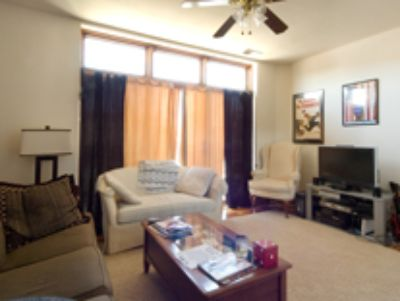 3 bedroom in Lincoln Park