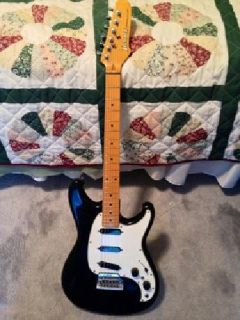 Ibanez Roadstar Series II Strat Copy