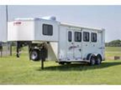 2019 Shadow Plus Pack II 3H Slant GN 5.6 Basic LQ 69200S-3SL- 3 horses