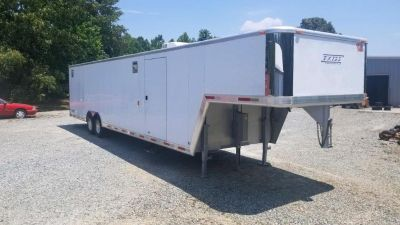 2002 USED EXISS 40' GOOSENECK RACE HAULER