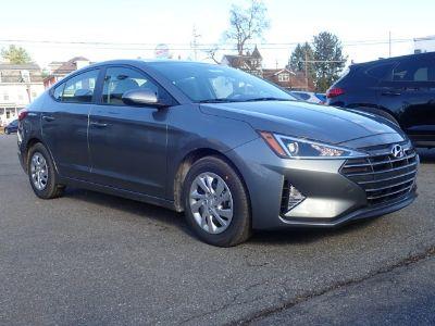 2019 Hyundai Elantra SE (Galactic Gray)