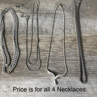 4 Necklaces great condition