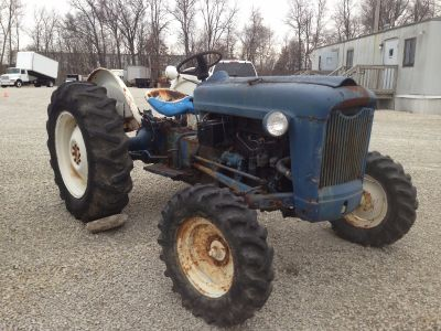 1957 FORD 850 TRACTORS