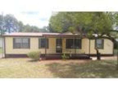 3/2 Mobile Home on 1/2 acre in Homosassa!
