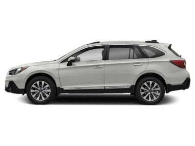 2019 Subaru Outback Touring (Crystal White Pearl)
