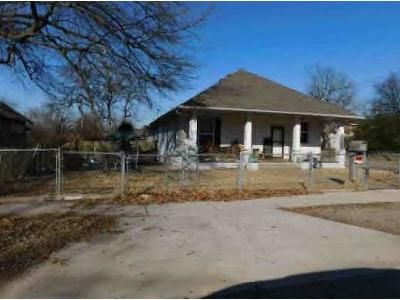 3 Bed 1 Bath Foreclosure Property in Fort Smith, AR 72901 - S R St