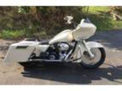 2002 Harley Davidson Road GlidePearl White