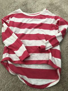 Old navy size 5 long sleeve shirt
