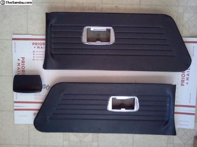 Squareback Rear Panels Ashtray