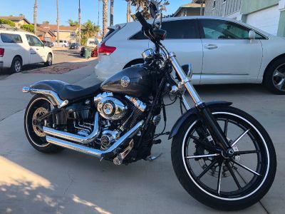 2015 Harley-Davidson BREAKOUT