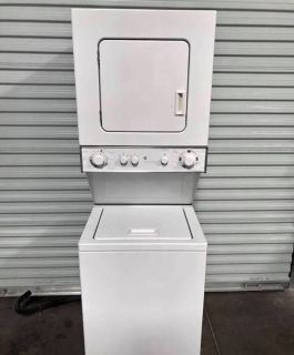 Stackable Washer & Dryer (electric 220V) - good condition