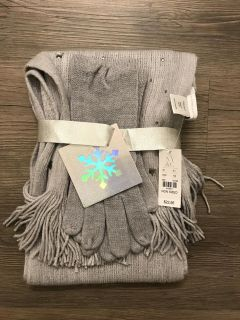 NWT New York & Co scarf & gloves. Will meet in Mnt Island area