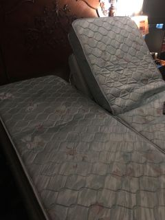 $100, Queen sized Craft matic bed, has dual remotes... need gone today