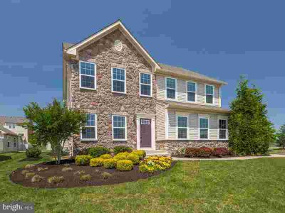 5261 Mudville Ln Waldorf Four BR, Better than new - ready to
