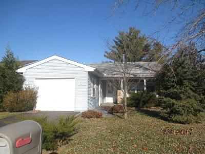 2 Bed 1 Bath Foreclosure Property in Vincentown, NJ 08088 - Sheffield Pl