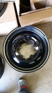 "Airkewld 17x7"" wheels"