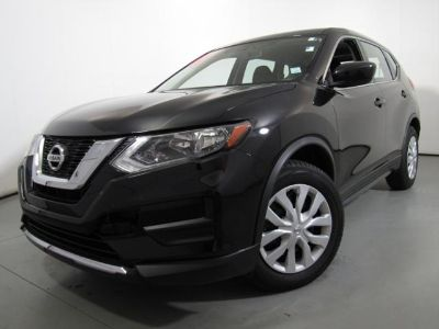 2017 Nissan Rogue FWD S (MAGNETIC BLACK)