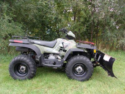2004 Polaris Sportsman 400 Utility ATVs Mukwonago, WI