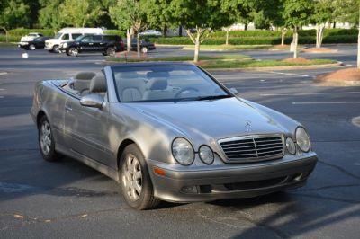 2003 Mercedes-Benz CLK-Class CLK320 (Beige)