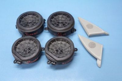 Sell 2001 MERCEDES C240 W203 #10 FRONT REAR RIGHT LEFT DOOR SPEAKERS OEM SET OF 6 motorcycle in Atlanta, Georgia, United States, for US $100.00