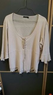 Tan colored top with Flare, 1x