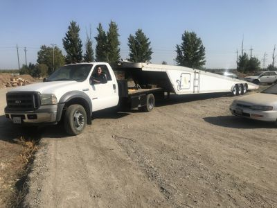 Auto Transport 47 Featherlite with Ford F-550