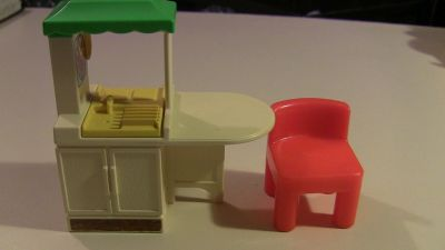 little tikes doll house dollhouse kitchen island and 1 red chair