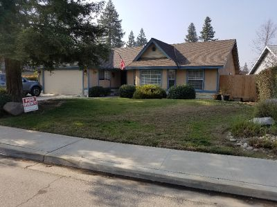 3 bedroom in Visalia