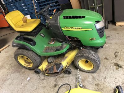 John Deere L120 automatic, hydro drive, runs , needs front end work , comes with brand new 48 in deck