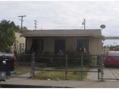 4 Bed 3 Bath Preforeclosure Property in Maywood, CA 90270 - 1/2 E. 55th St. And 5511 Gifford Ave