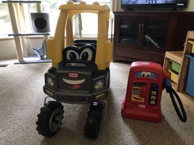 Little Tikes Cozy Truck and Gas Pump