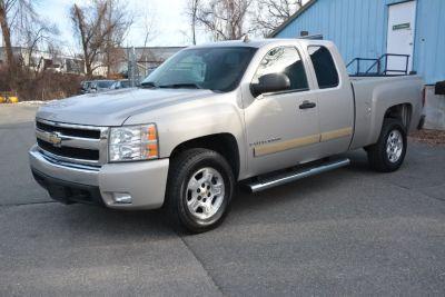2007 Chevrolet Silverado 1500 Work Truck (Desert Brown Metallic)