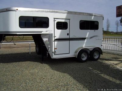 2003 Sundowner 2 horse trailer gooseneck