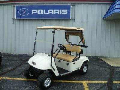 2013 E-Z-Go TXT Gasoline Golf carts Union Grove, WI