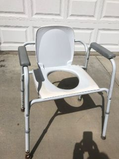 over toliet potty chair for hip or knee recovery