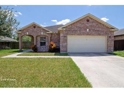 3 Bed 2 Bath Foreclosure Property in Edinburg, TX 78539 - Sweet Ln