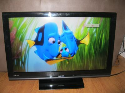 TOSHIBA 1080P 40 INCH TV WITH REMOTE $125.00 or best offer