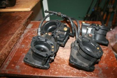 Sell used Carburetors casting t# 398370 Johnson Evinrude SET OF 4 v-4 looper motorcycle in Scottsville, Kentucky, United States, for US $99.00